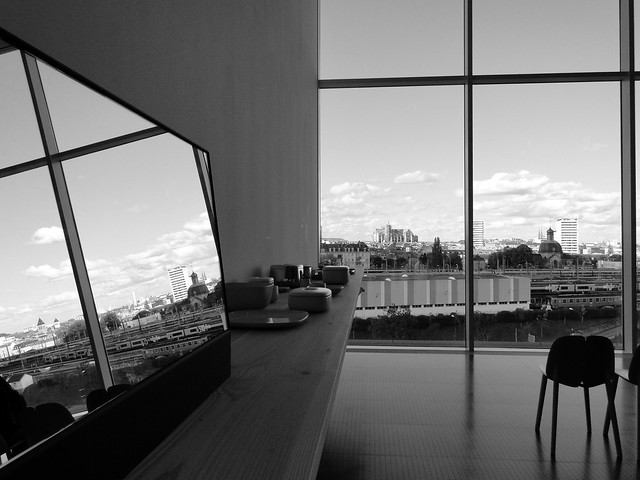 Miroir flickr photo sharing for Miroir projector app