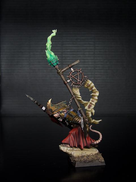 Skaven Warlord - Señor de la Guerra Skaven (3 of 6).jpg