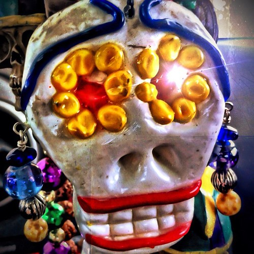 apple square dayofthedead skull mac rearviewmirror squareformat diadelosmuertos sherry normal 4g iphone sugarskull 2011 dangles chotskies iphoneography instagramapp uploaded:by=instagram
