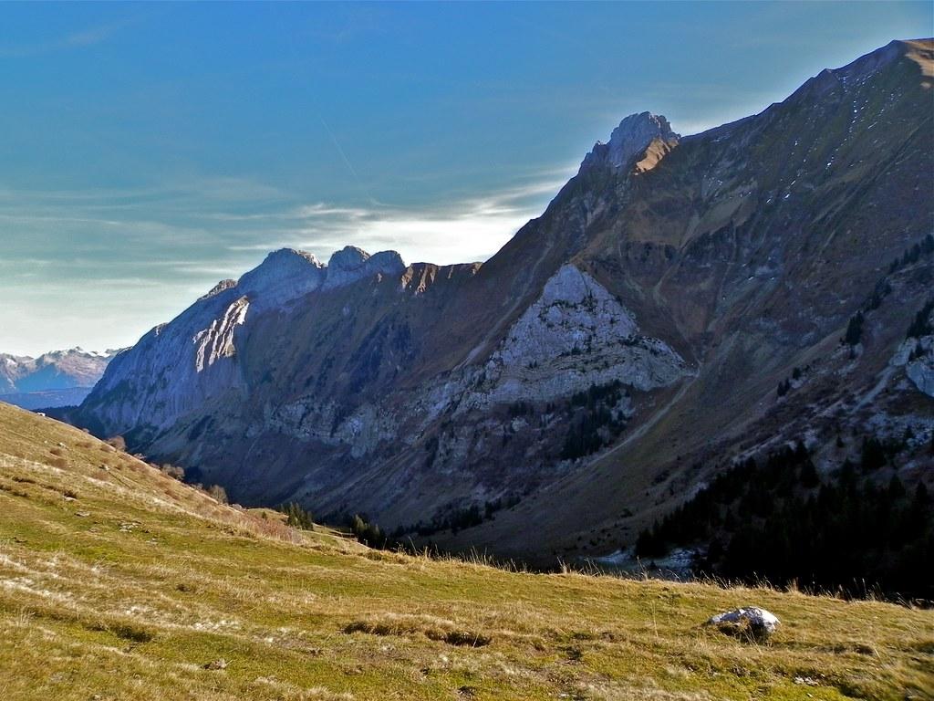 Rochers de Lechaux  - Lac de Lessy