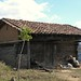 Old style house - Casa vieja cerca de San Diego Viejo, camino de Juxtlahuaca hacia San Juan Mixtepec (Mixteca), Oaxaca, Mexico por Lon&Queta