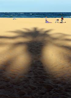 Image of Platja de la Nova Icària near GTD. barcelona city sunset shadow beach cool spain sand utata uncool triffids johnwyndham cool2 cool5 cool3 cool6 cool4 uncool2 uncool8 uncool3 uncool4 uncool5 uncool6 uncool7