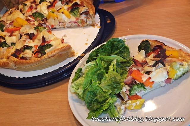 Quiche mit Salat