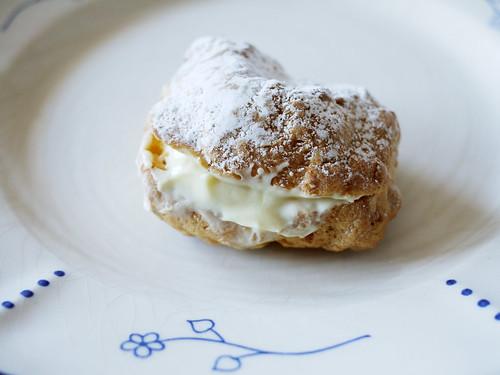 03-30 cream puff