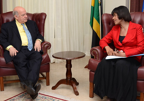 Secretary General of the OAS met with the Jamaican Prime Minister
