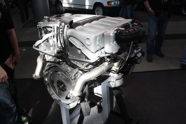 Mercedes benz w140 v12 engine flickr photo sharing for Mercedes benz v12 engine