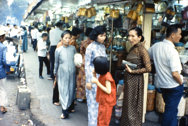 Saigon Market 1966 - Photo by Lloyd