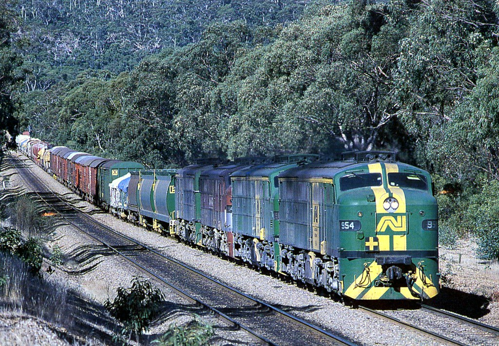 954 freight, Adelaide Hills, SA by dunedoo