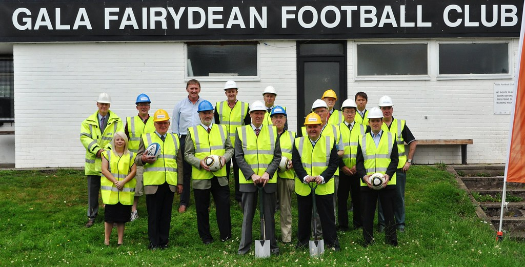 Work starts on 3G pitch in Gala