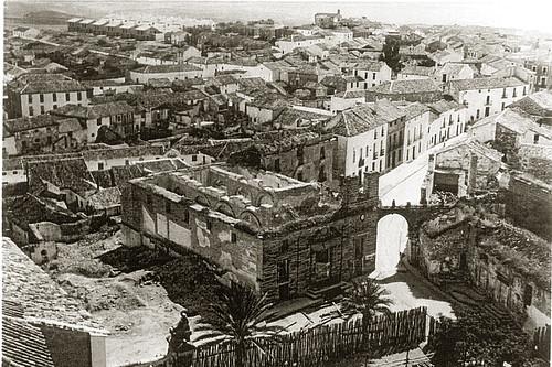 Panorámica de Porcuna tras la guerra civil