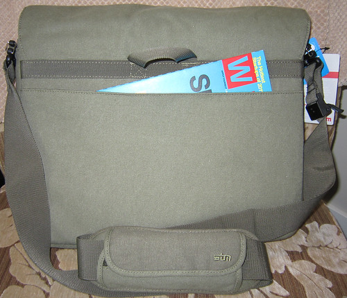 Scout Laptop Messenger by STM - back pocket
