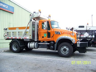 PA Turnpike Mack Granite Plow Truck
