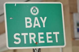Placa de la calle de Bay Street Bay Street y el downtown de Nassau, el corazón de Bahamas - 5967306784 ffc39c4fdc n - Bay Street y el downtown de Nassau, el corazón de Bahamas