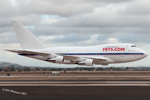 FRYS 747SP LOW PASS
