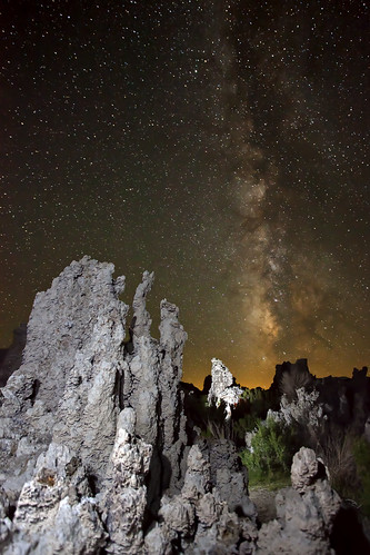 Milky Way over Mono Lake (facing south)
