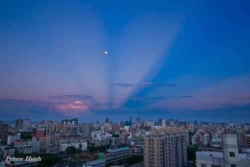 sunrise taiwan myhome 日出 anticrepuscularrays 台中市 taichungcity 斜射光 晨彩 反雲隙光 sonya850 sony1635za 我家出水口