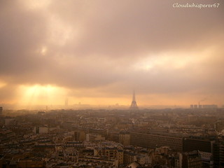 Paris in the fog --- Paris sous la brume
