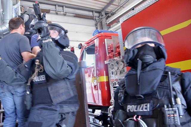 German Emergency Services Train At U S Army Garrison