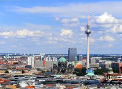 Alexanderplatz Dom Fernsehturm Berlin view