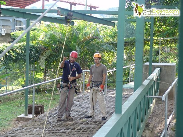 A List of the Top 10 Adventure Tours Costa Rica! - canopy tour