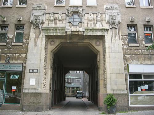 opernviertel apotheke berlin