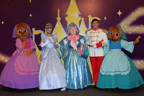 Meeting Cinderella, Prince Charming, Suzy, Perla and the Fairy Godmother