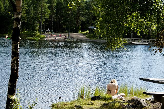 Strømsdammen er et fredfylt bade sted i Nordmarka i Oslo