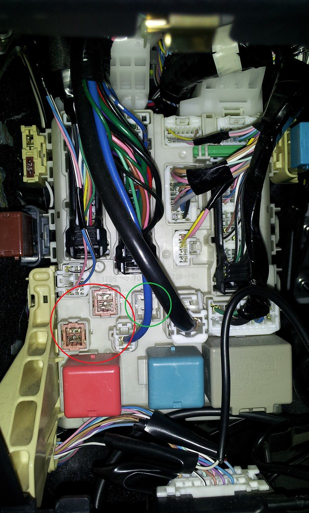 2008 Yaris Fuse Box Location : A power fuse instrument panel location toyota yaris