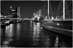 "Hamburg ""harbour lights"""