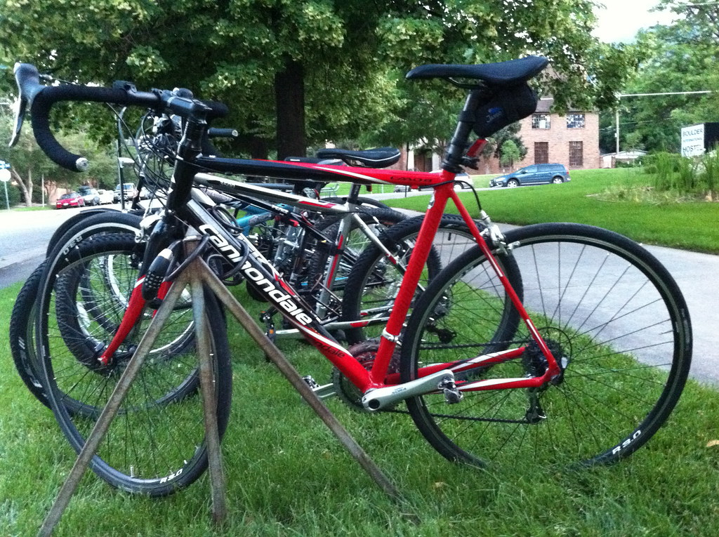 Cannondale CaaD Road Bike - 2011