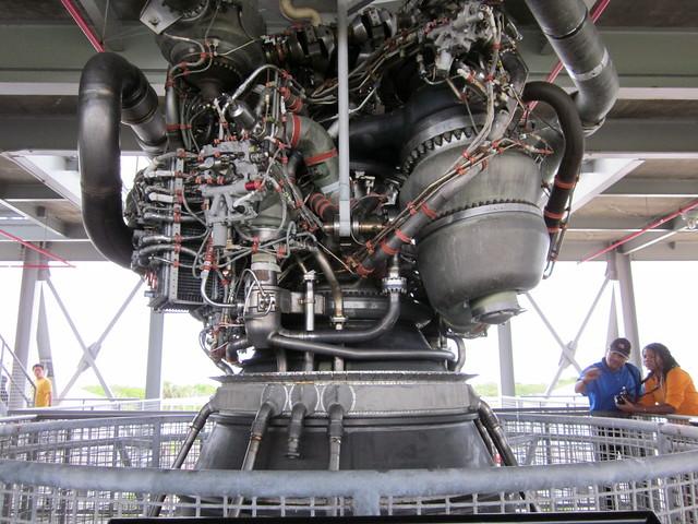 Space Shuttle Main Engine | Explore michaelstyne's photos ...