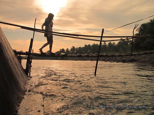 bridge lady sunrise river jaro leyte