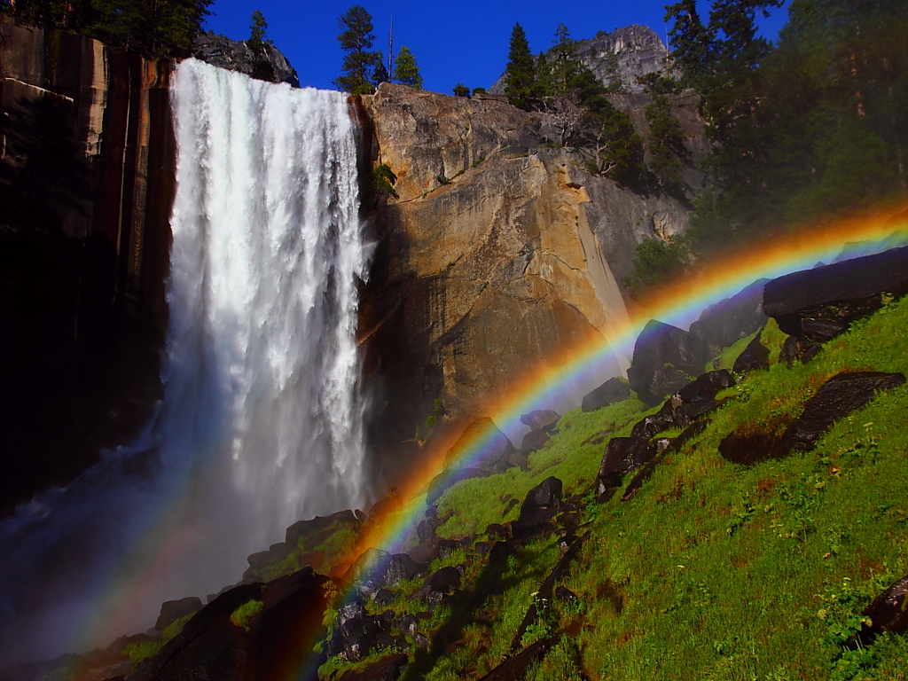 1000+ images about Cascades and Waterfalls on Pinterest   Yosemite Vernal Falls Rainbow