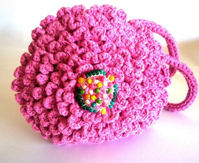 Bolso crisantemo rosa chicle
