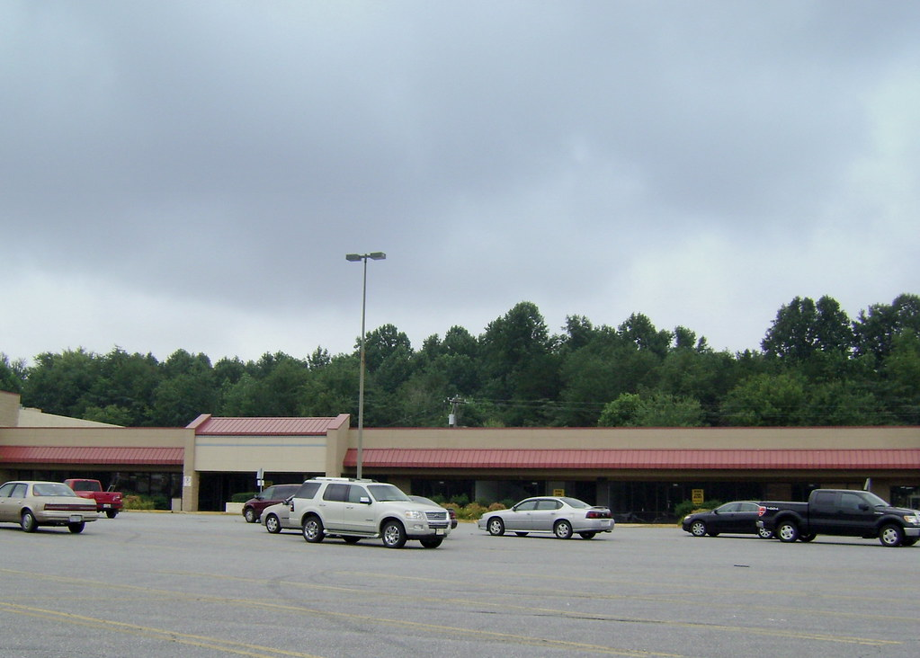 Vanishing Elkin NC, Hibbett Sports