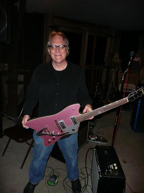 Nashville 2011 Roundup - Tim with a killer Billy Bo