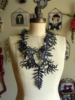 leaf and branch cut out necklace2