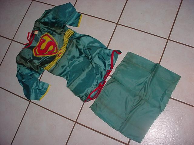 superman_1966supergirlcostume3