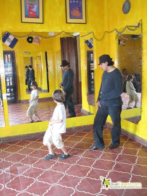 cumbia-step-dance-calss