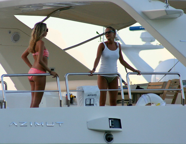 (Azimut 100 jumbo yacht) Miami