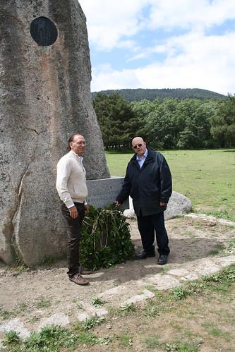 <p>Homenaje del Colegio Oficial de Ingenieros Técnicos Forestales a la Guardería Forestal en el Parque Natural de Peñalara (Madrid) - Mirador de los Robledos.</p>