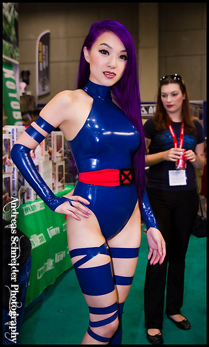 Officially the hottest Psylocke at Comic-Con 2011