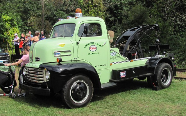 Ford 1948 F5 COE Truck http://www.flickr.com/photos/blazer8696/6193230017/