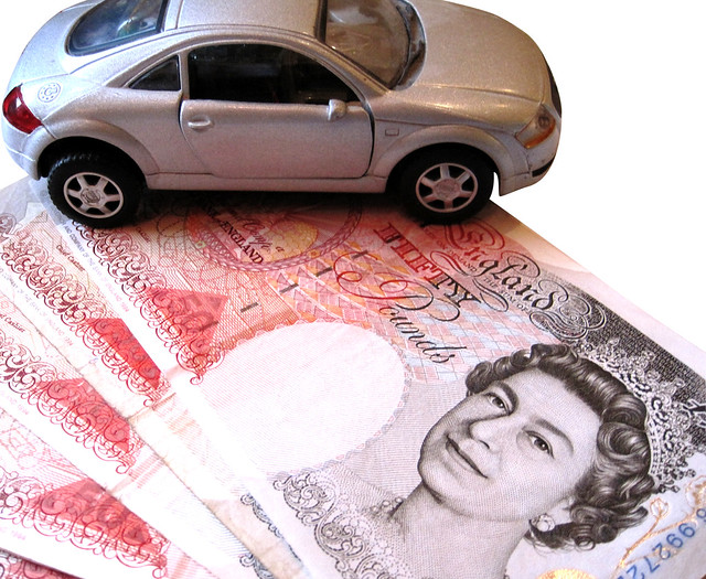 Car and £50 notes