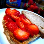 strawberrypbsandwich