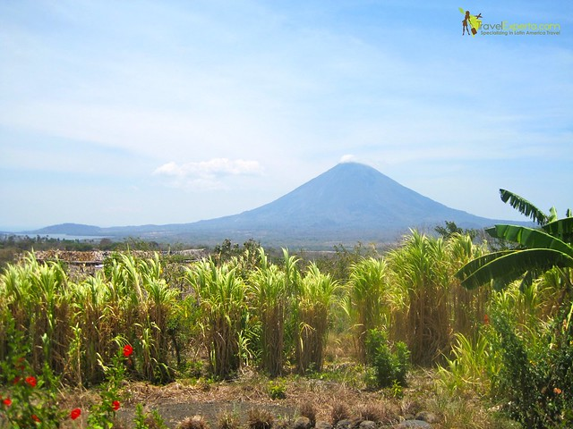 ometepe-island-nicaragua-volcano-view-stunning