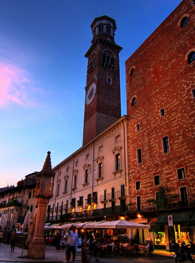 Torre dei Lamberti - 5 Great Things to Do and See in Verona, Italy