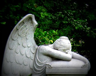 Angel of Grief / Weeping Angel