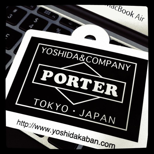 Photo:Got a Porter bag for my new Macbook Air. By:bizmac