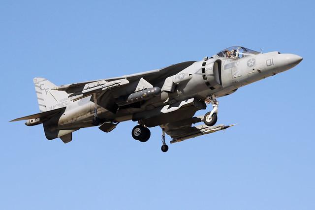 McDonnell-Douglas AV-8B Harrier II Plus BuNo 165582, VMA-211